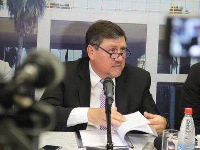 """Para Llano """"no es decabellado"""" usar las FFAA contra crimen organizado"""