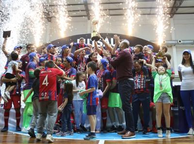 Cerro Porteño pentacampeón del Futsal FIFA