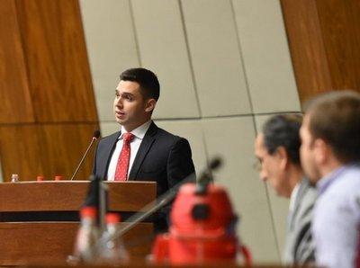Joselo Rodríguez pidió disculpas a Mario Abdo y a Velázquez