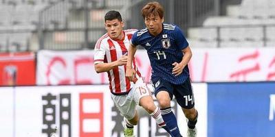 Japón y Paraguay prueban jugadores y estrategias en amistoso
