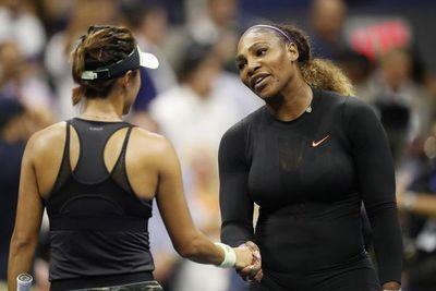 Serena Williams arrolla a Wang y pasa a semifinales