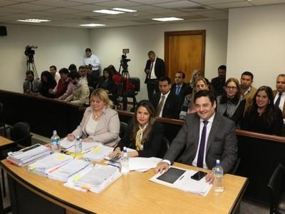 Demostramos que jamás se perjudicó al Estado paraguayo, afirma senador