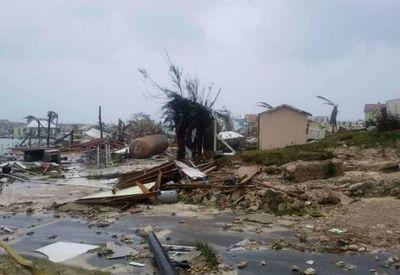 Dorian deja a las Bahamas con viviendas destruidas y escasez de alimentos