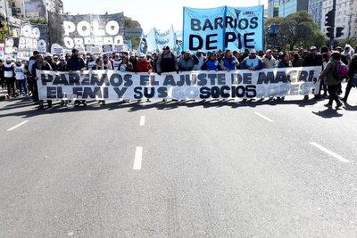 Protestas en Argentina piden declarar la emergencia alimentaria por la crisis