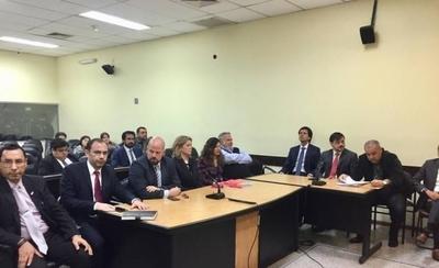 HOY / OGD, Oviedo Matto, Fernández Lippman y Carmelo Caballero van a juicio oral