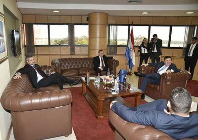 Abdo Benítez oñembyaty umi tendota mohapyha Poder del Estado-gua ndive