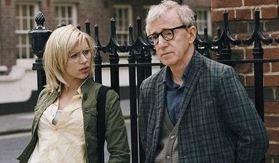 HOY / Scarlett Johansson defiende a Woody Allen de las acusaciones de abuso sexual