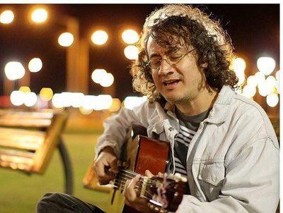 Rolando Chaparro ofrecerá concierto benéfico por sus 32 años de carrera