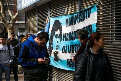 Maradona sacude al fútbol argentino