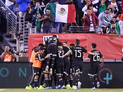 México se exhibe y golea a la peor versión de Estados Unidos