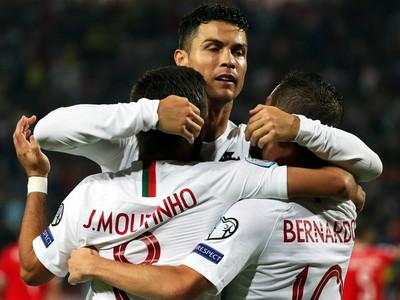 Portugal se impone ante Serbia y se pone segundo en su grupo