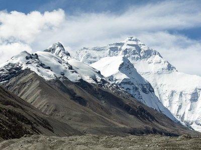 Alarmante fusión de glaciares de montaña amenaza el suministro de agua