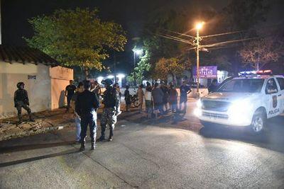 Motochorros hieren a un joven durante un asalto en Asunción
