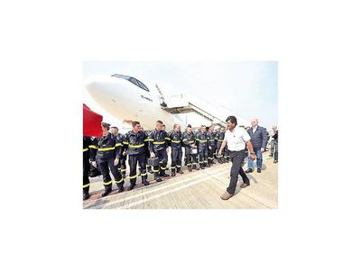 Bolivia recibe ayuda para apagar incendios