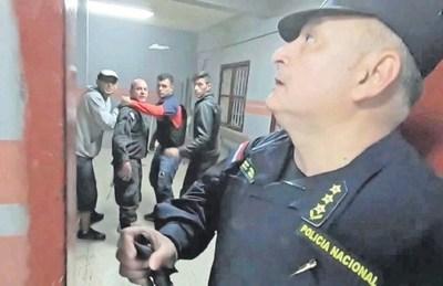 """Miembros del PCC señorean en las cárceles, pero para Abdo están """"incómodos"""""""