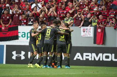Flamengo golea al Avaí y es líder del Brasileirao