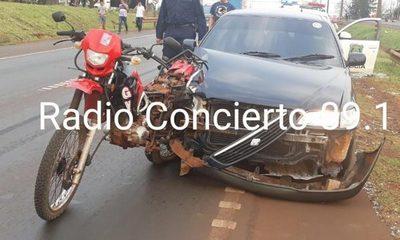 Imprudencia deja a motociclista herido