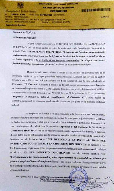 Godoy insta a Ferreiro a dejar sin efecto contrato con TX Panamá