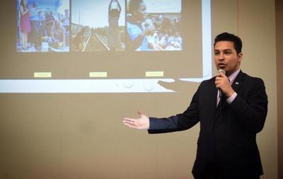 Joven pilarense elegido como 'futuro líder' por la prestigiosa Universidad de Cambridge de Reino Unido