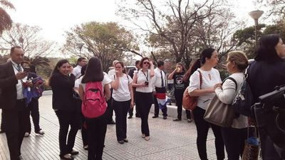 Funcionarios judiciales continuarán con protestas mañana martes