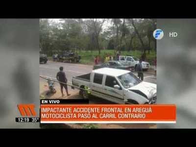 Impactante accidente frontal en Areguá