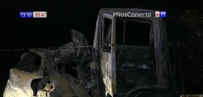 Militar muere tras impactar su vehículo contra camión