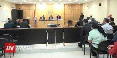 TRIBUNAL ENCUENTRA CULPABLE AL INTENDENTE VÍCTOR CASAS