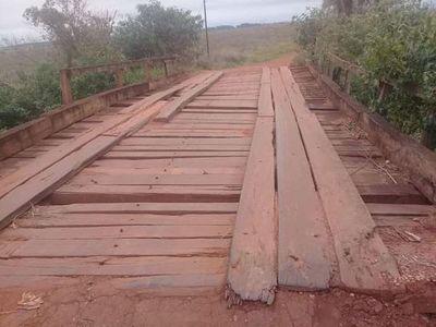 Pobladores cumplen 15 años reclamando reparación de tramo Quiindy-Ybycuí