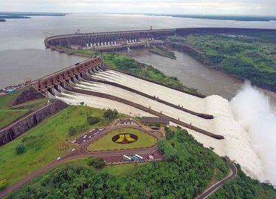 La Itaipú transfirió al Estado US$ 407 millones