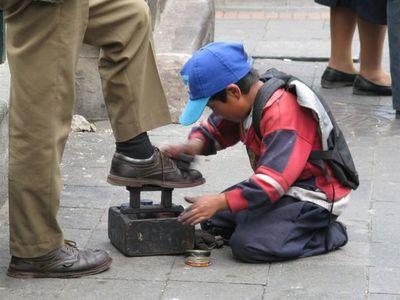 Gasto público volátil, niñez y adolescencia con recorte presupuestario