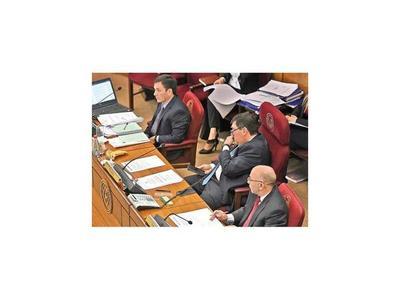 Llano sugiere que Anticorrupción investigue denuncias en Ejecutivo