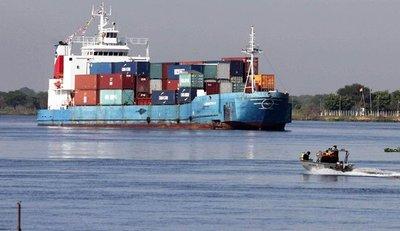 Comercio exterior registra reducción y reexportaciones aumentan