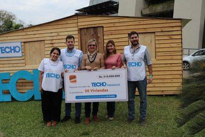 Credicentro realiza millonaria donación a Techo Paraguay