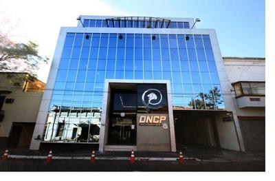 DNCP otorga reconocimiento a la Dinac por la correcta ejecución de sus licitaciones