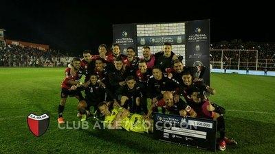 Debut, gol y lesión para Ortega en Colón