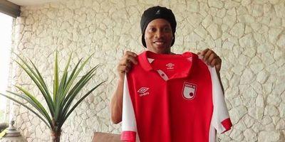 Ronaldinho jugará en Independiente, por un día