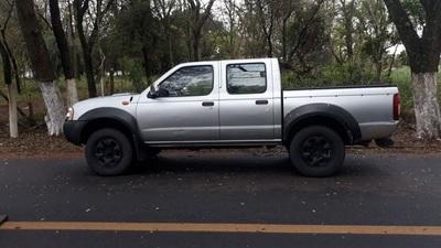 Hallan camioneta utilizada en fuga de narco