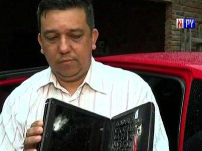 Caso Samura: Profesor dice que una notebook le salvó de un balazo