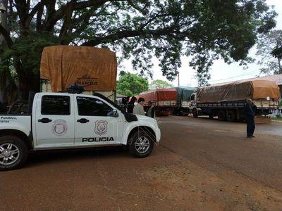 Incautan ocho camiones por supuesto contrabando