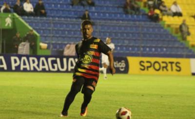 """HOY / """"Mi sueño es volver a jugar en Primera"""""""
