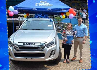 San Cayetano finaliza exitosa promoción, premiando a sus clientes con 2 vehículos 0KM •