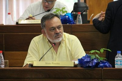 "Senador de Frente Guasu dice que al nombrar a Friedmann en MAG Abdo desató un ""quilombo grave"""