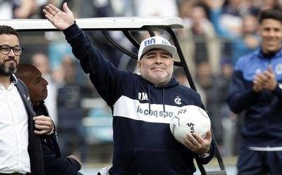 Maradona pidió por un refuerzo paraguayo