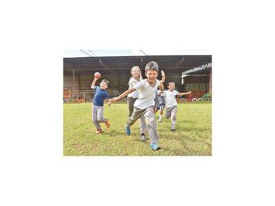 Corrida para financiar programa que enseña a los niños jugando