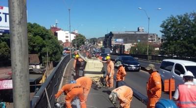 Obras en el viaducto de Mariscal López cambian de sentido