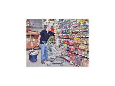 Contrabando reduce ventas, según el titular de Capasu
