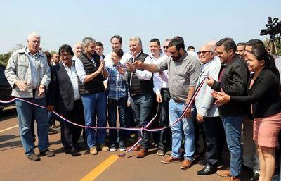 Abdo inauguró ruta y anunció más obras en Canindeyú