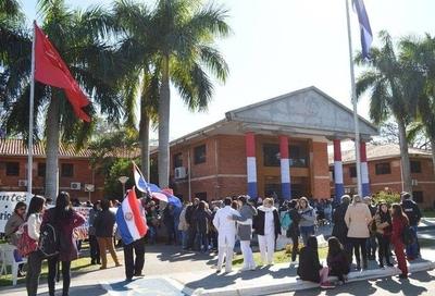 HOY / Paro en la UNA: manifestaciones y cierre de calles hasta que Hacienda responda