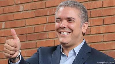 Colombia acepta propuesta de organizar el Mundial 2030 con Ecuador y Perú