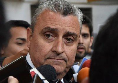 POLICÍAS RETIRADOS Y FAMILIARES DE UNIFORMADOS MARCHARÁN EXIGIENDO LA SALIDA DE VILLAMAYOR